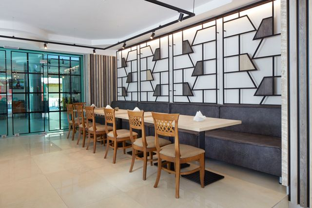 Hotel Aktinia - Food and dining