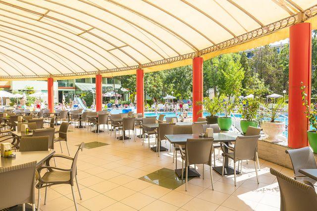 MPM Kalina Garden Hotel - Food and dining