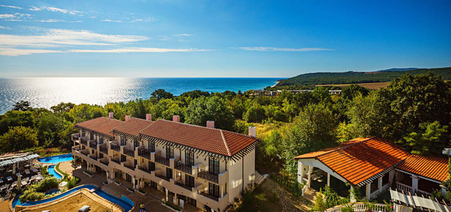 The Cliff Beach Hotel & Spa