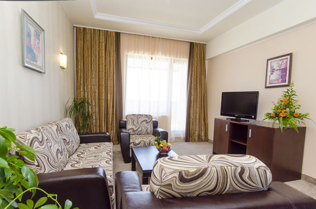 Admiral Hotel - Family room (2ad+2ch)
