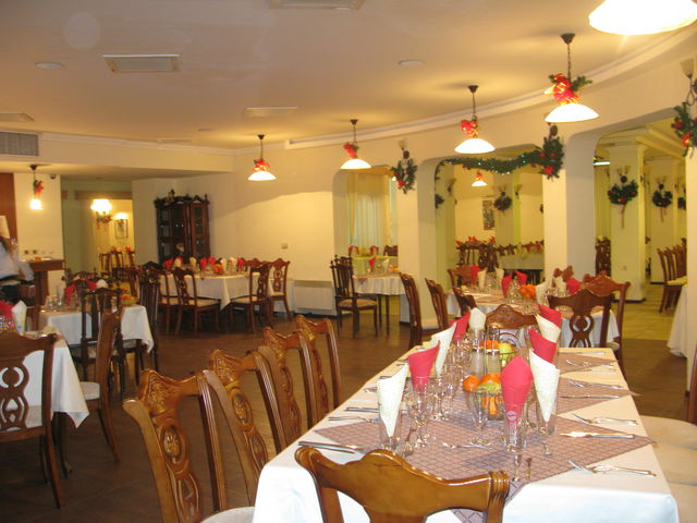 Bellevue Hotel - Food and dining