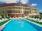 Anixi hotel, Obzor