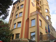 Отель Реверанс